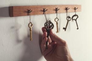 landlord choosing a property key
